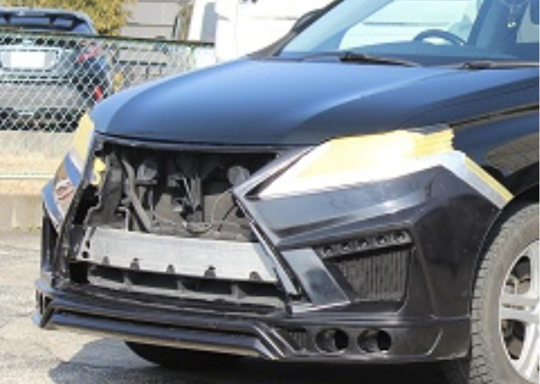 レクサス RX10系後期 ⇒ 20系現行 スピンドル顔バンパー 完成しました。